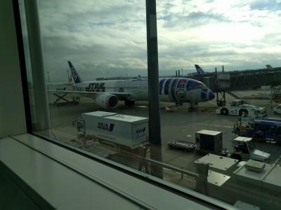 R2D2 ANA 787